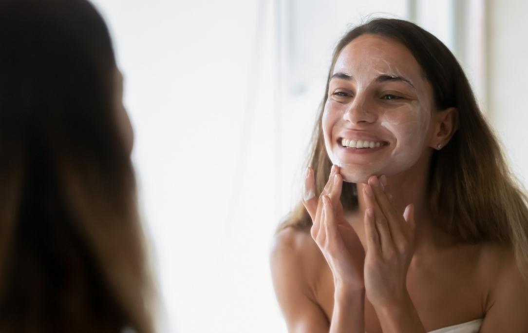 Fai la scelta più adatta per la tua pelle tra cosmesi naturale e cosmesi tradizionale